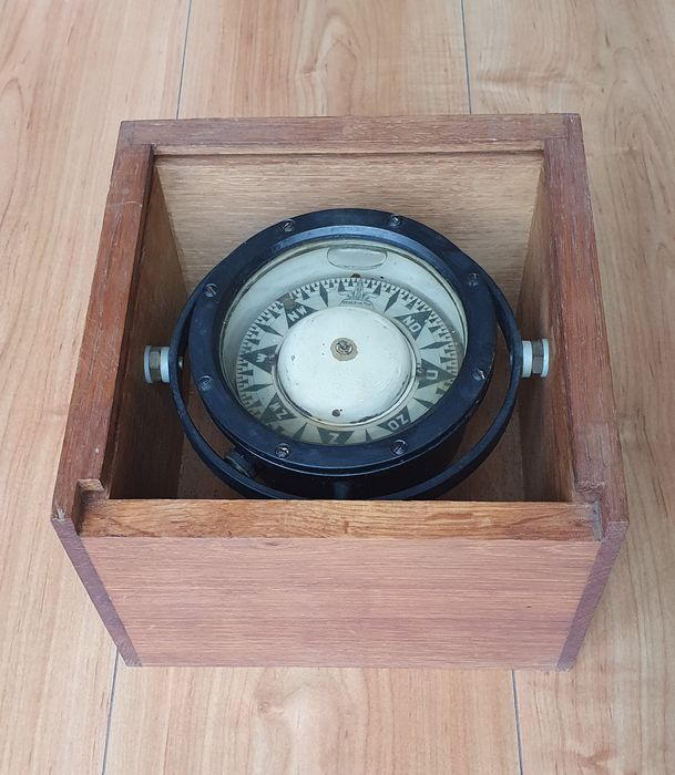 Boat compass - Steel (stainless) - mid 20th century