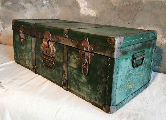 Early 20th century carriage with beautiful patina - Wood