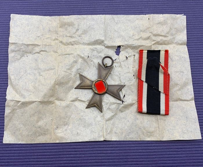 Germany - War Merit Cross 2nd Class 1939 Without Swords - Manufacturer 1 - with paper and ribbon!