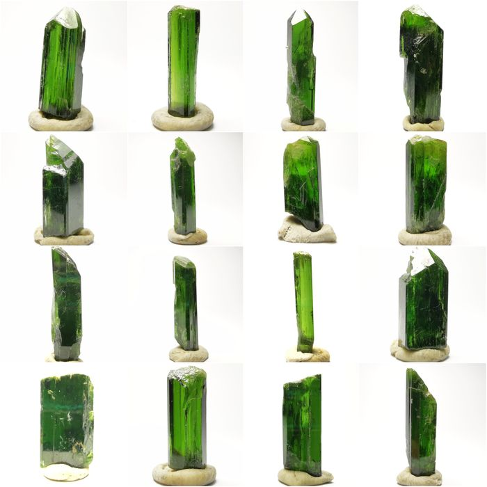 Diopside Crystals - 124.5 ct - 25×10×7 mm - 25 g - (16)