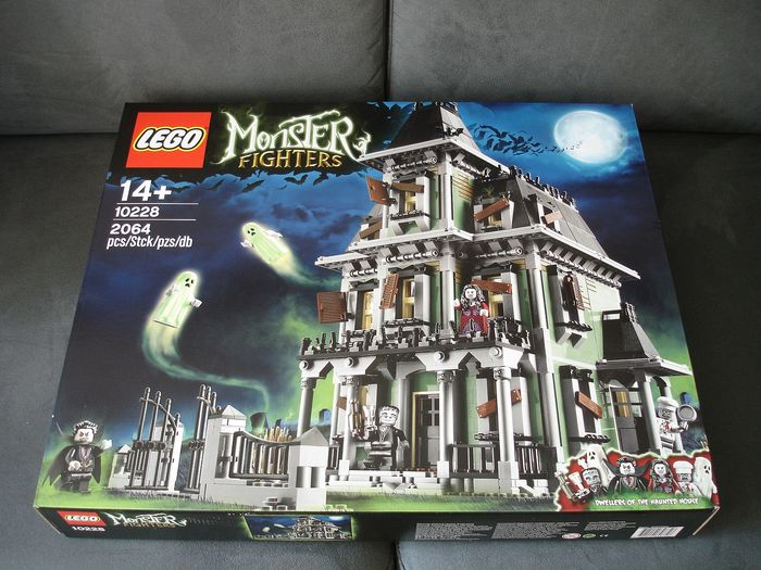 LEGO - Monster Fighters / Creator Expert - 10228 - Haunted House Haunted House - 2000-present - Netherlands