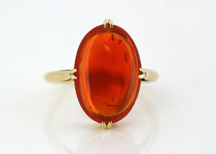 18 kt Gelbgold - Ring - 7.00 ct Feuer opal