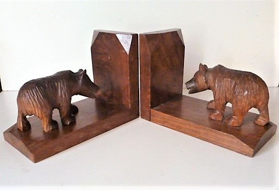 A few bookends - Amsterdam school - around 1930 - Art Deco - Walnut