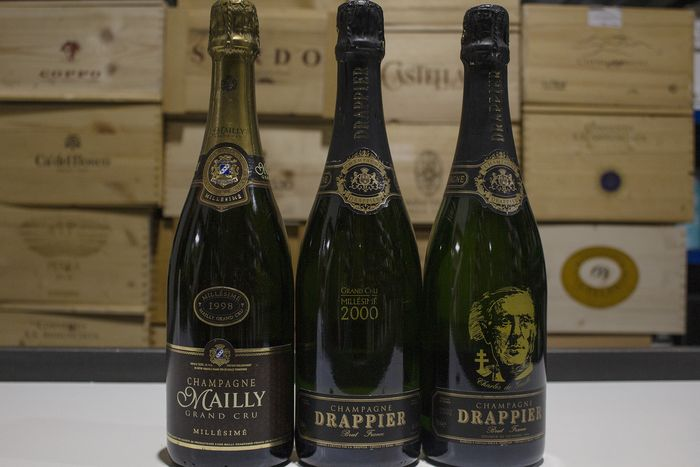 1998 Mailly Grand Cru, 2000 Drappier Grand Cru & Drappier Charles de Gaulle - Champagne, Francia - 3 Bottles (0.75L)