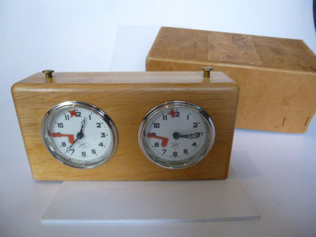Vintage / Retro Alpha chess clock (1) - Wooden chess clock