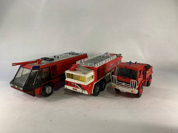 Different Brands - 1:43 - 3 Firetruck models