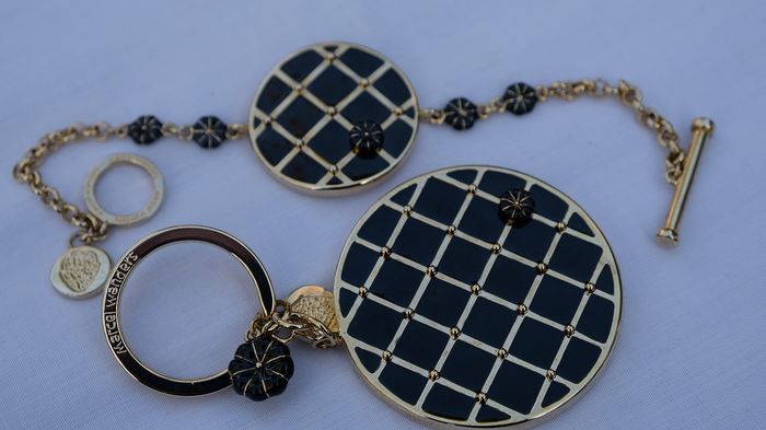 Marcel Wanders - Bracelet With T-Bar & Loop Albert Style Clasp and Signature Capitoné Key Ring (2)
