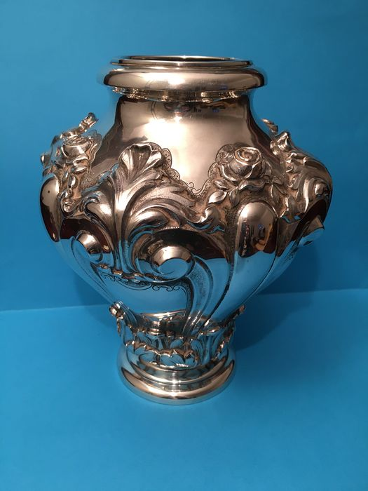 Vase in vase - .833 silver - Portugal - Second half 20th century