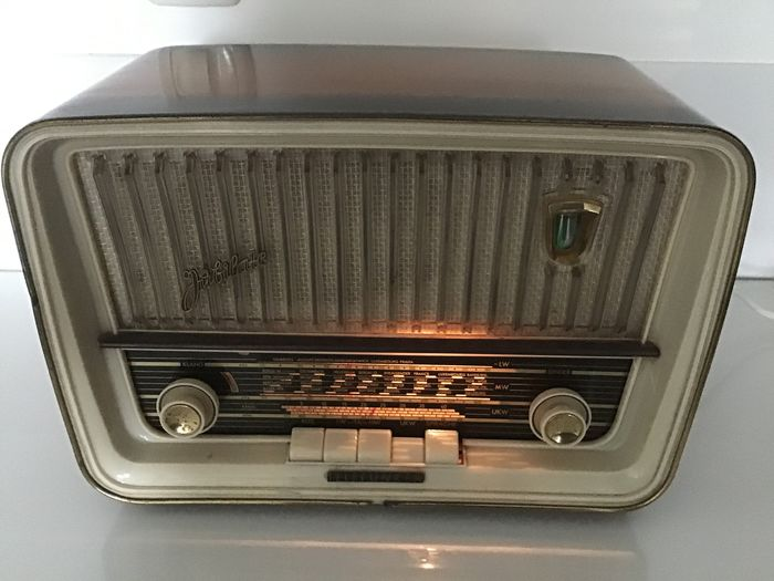 Telefunken - Jubilate 9 - Tube radio