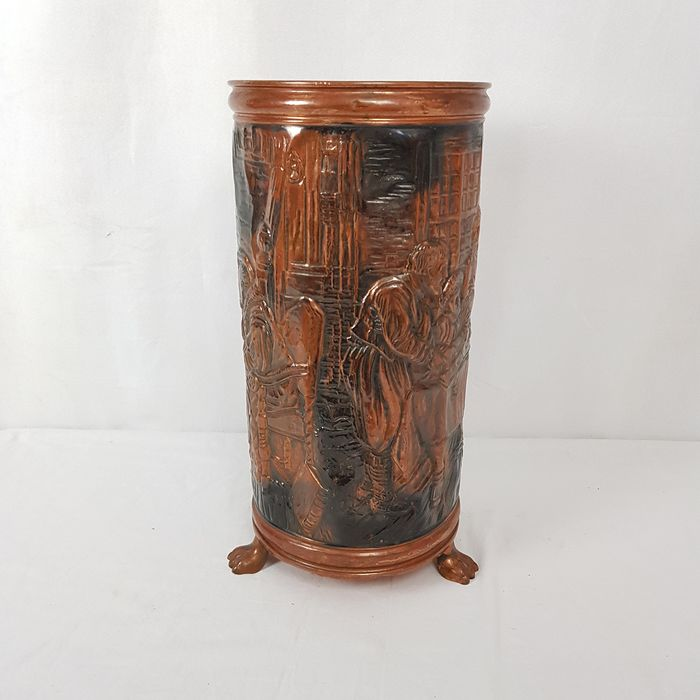 Imaginative umbrella stand in relief - Copper