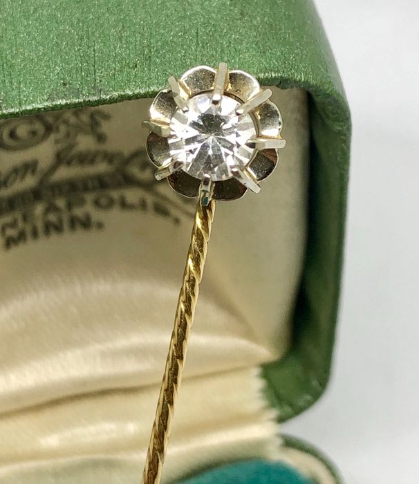 "18 kt. Platinum, Yellow gold - Pin 1930s ""no reserve price"" White Sapphire Verneuil"