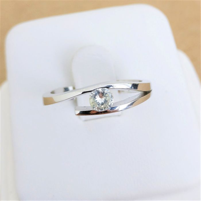 14 kt. White gold - Ring - 0.22 ct Diamond