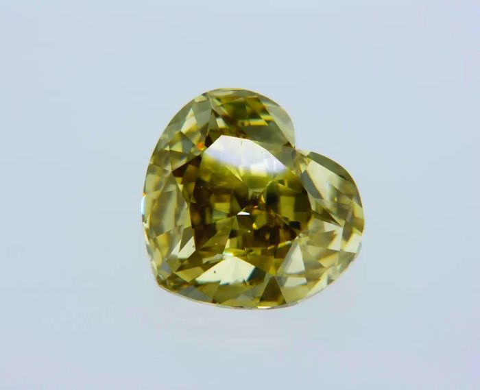 1 pcs Diamante - 1.30 ct - Corazón - fancy intens greenish yellow - VVS1