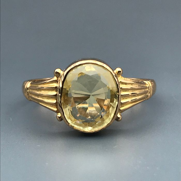 22 kt. Yellow gold - Ring - 5.50 ct Topaz