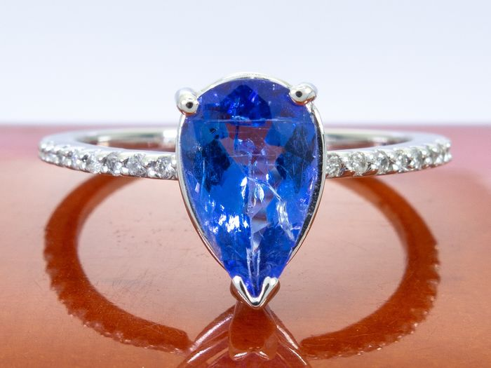 14 kt. Gold - Ring - 1.85 ct Tanzanite - Diamond