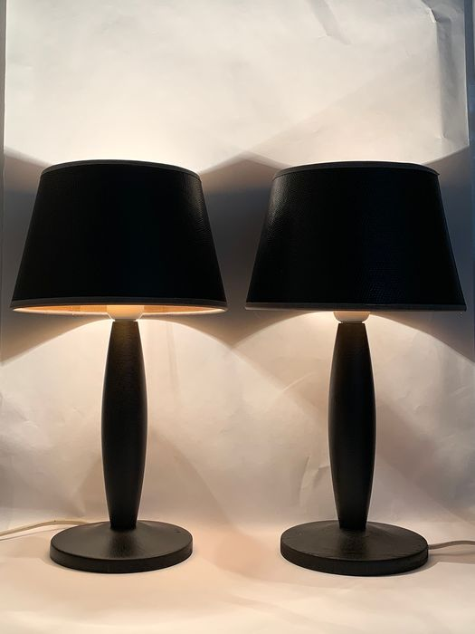 VandeHeg Dutch design - black wooden VandeHeg table lamps with leather shade with gray trim (2) - Wood, ski leather