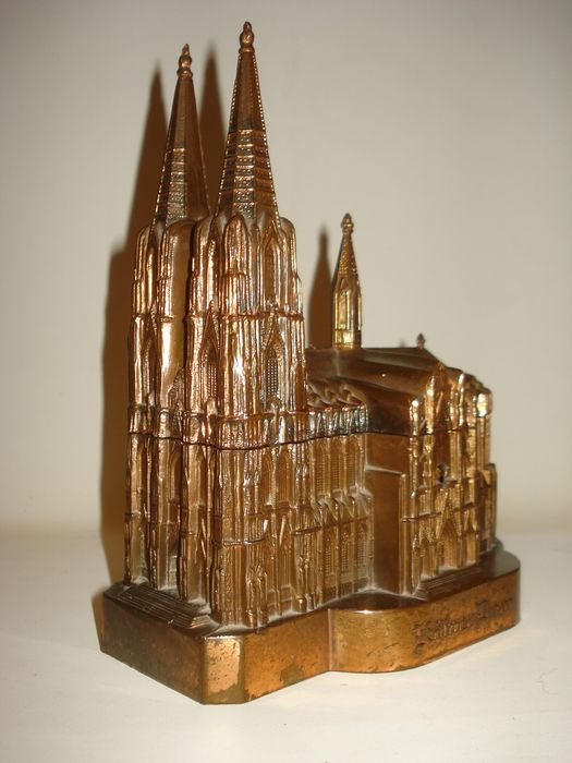 Old Jewelry box / Music box - Cologne Cathedral - Gothic - bronze, copper, dust