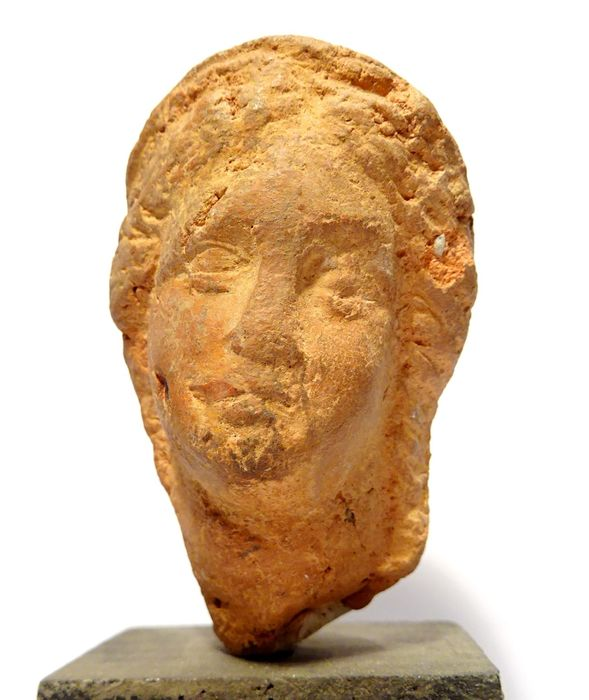 Ancient Roman Terracotta Roman art - Head of a young woman - 1st / 2nd S. after J.-C. - 6.7×4.8×4.3 cm