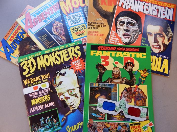3-D Monsters magazine #1  + Starlog photo guidebook - Fantastic 3-D - both with 3-D glasses + 4 - sc  - Stapled - First edition - (1964/1975)