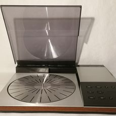 B&O - Beogram 6002 in Rosewood in great condition + very good rare MMC2  - Turntable