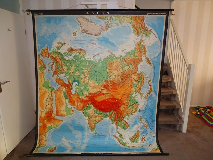 Large school plate from Asia - Linen, Wood