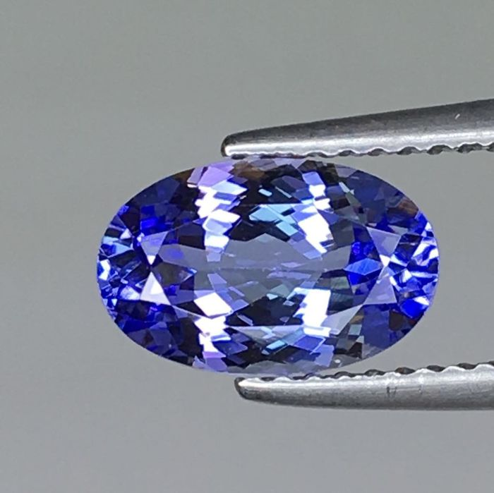 1 pcs Blue, Violet Tanzanite - 1.91 ct