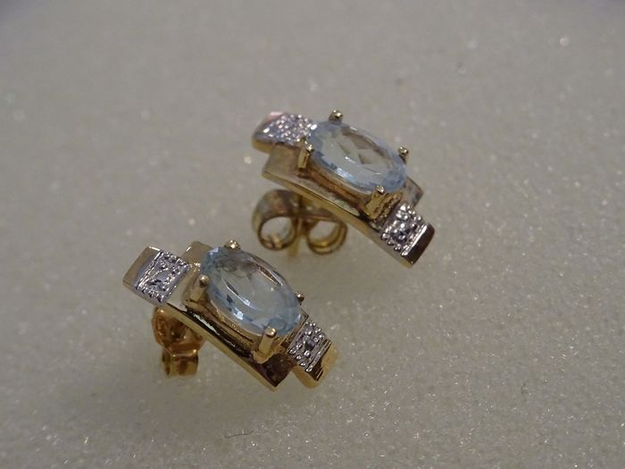 18 kt. White gold, Yellow gold - Earrings Aquamarine