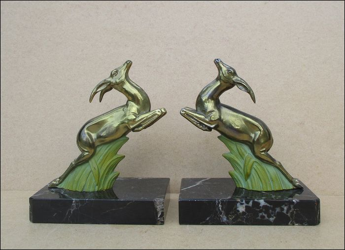 Pair of bookends in the form of ibex - Patinated metal alloy