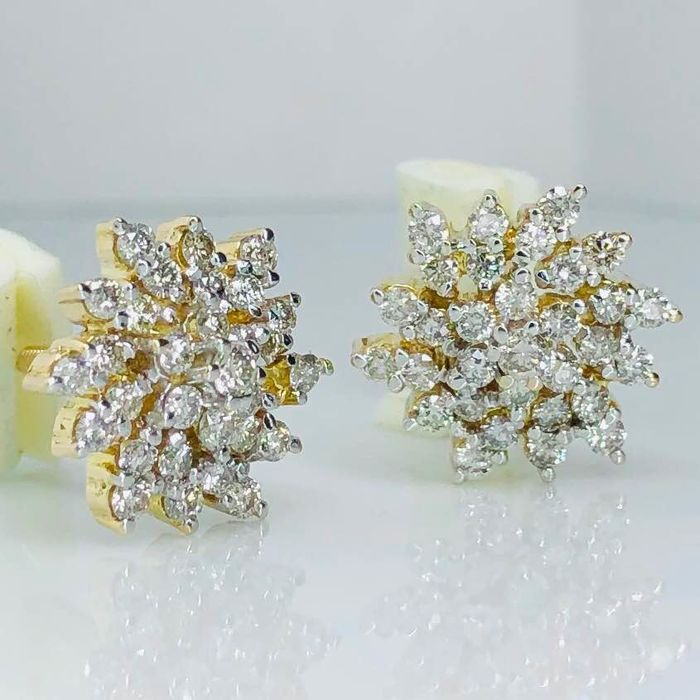 No Reserve Price - 18 kt. Yellow gold - Earrings - 1.23 ct Diamond