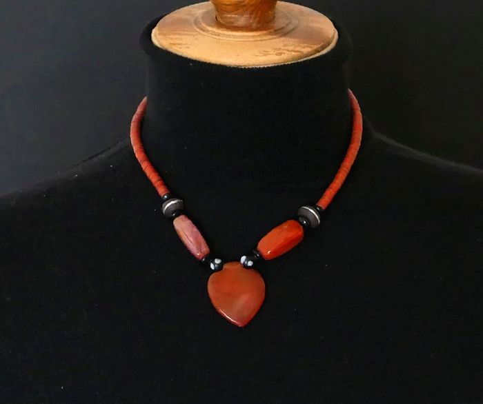 Necklace (1) - Agate - West Africa