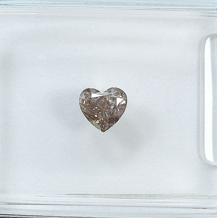 Diamond - 0.25 ct - Heart - Natural Fancy Brownish Pink - I1 - NO RESERVE PRICE