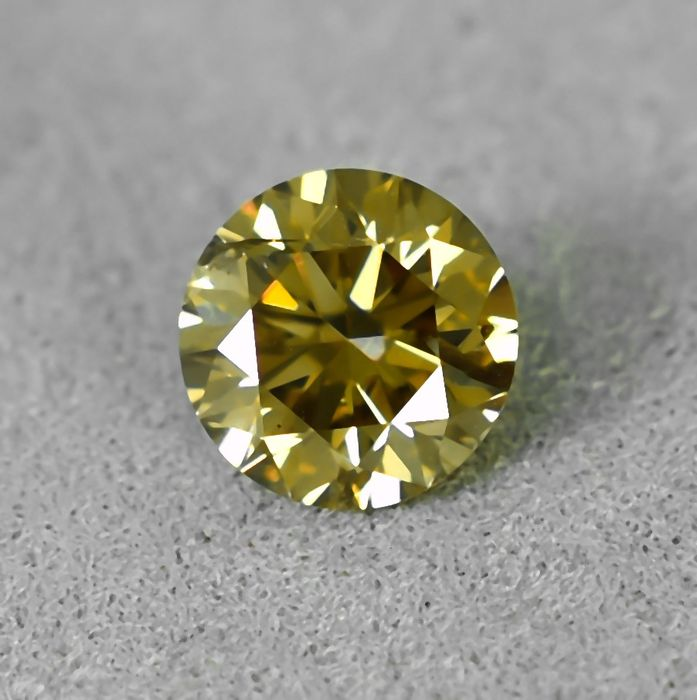 Diamond - 0.55 ct - Brilliant - Natural Fancy Intense Yellowish Brown - Si2 - NO RESERVE PRICE - VG/VG/VG