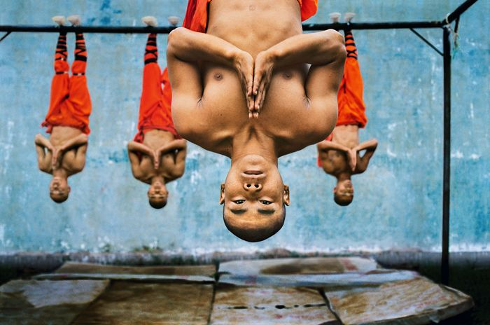 Steve McCurry - Shaolin Monks Training, 2004