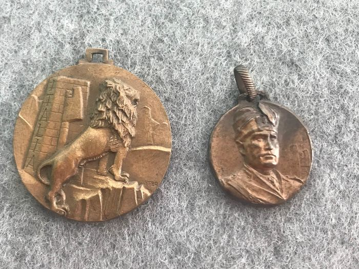 Italy - Medal, interesting lot of 2 Fussian twenty-year Mussolini medals