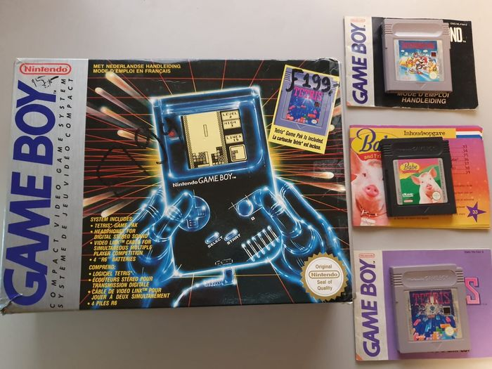 1 Nintendo Gameboy Classic - Console with games (4) - In original box
