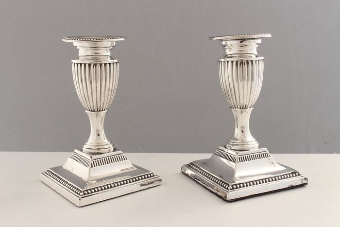 Candlestick, A Pair of Victorian Dwarf Candlesticks  (2) - .925 silver, Silver - Harrison Brothers, Sheffield - England - 1894