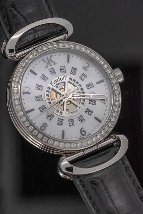 Korloff - Automatic Diamonds for 1,40 Carat Voyageur Mother of Pearl Dial Alligator Strap Swiss Made - VASSD - Homme - Brand New