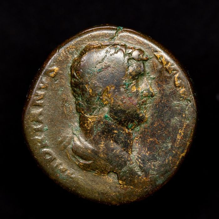 Roman Empire - Sestertius - Hadrian (117-138 A.D.) Rome - FELICITAS AVG / SC. Emperor clasping right hands with Felicitas. - Bronze
