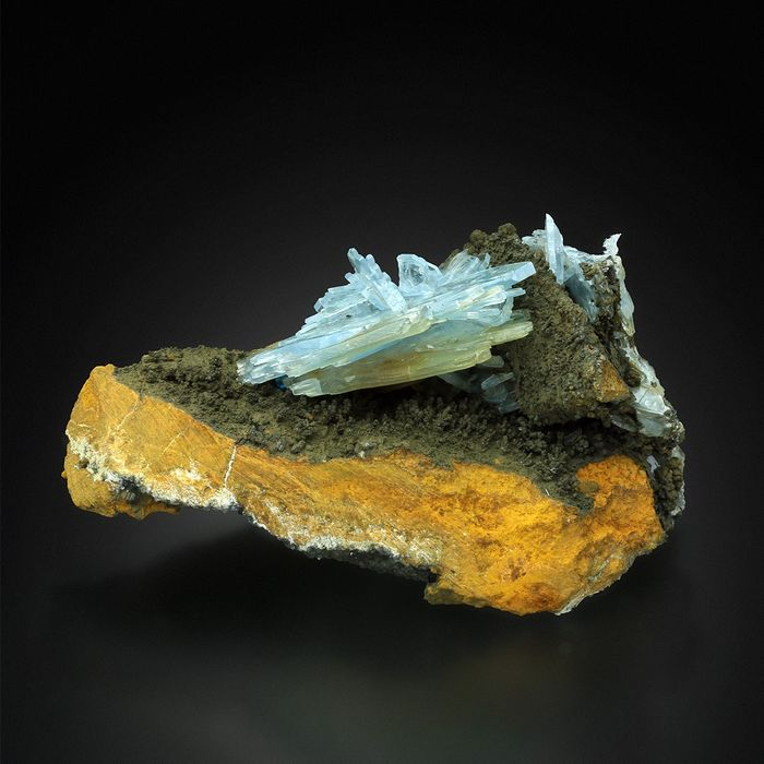 Big Blue BARITE with HOLLANDITE Specimen - 11×7×7 cm - 302 g