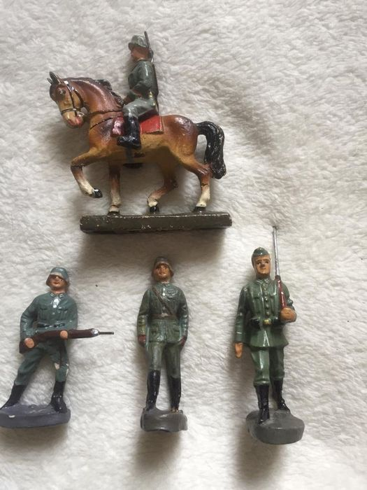 HAUSER E ELASTOLIN - Original World War II 1 CAVALLO E 4 SOLDATI - 1930-1939 - Germany