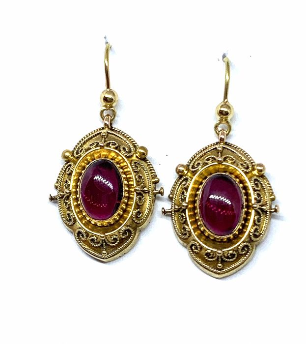 18 kt. Gold - Earrings Garnet