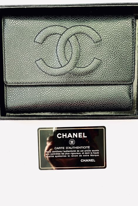 Chanel - large caviar Wallet Portemonnee