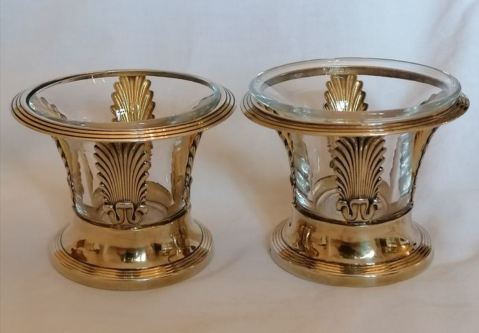 Salt cellar, Pair of silver salerons Vermeil 1819 1838 (2) - .950 silver, Gold plated, red - Denis Garreau  - France - First half 19th century