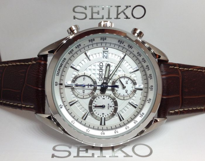 Seiko - CAL 8T67 Chronograph Date White Dial - Heren - 2011-heden