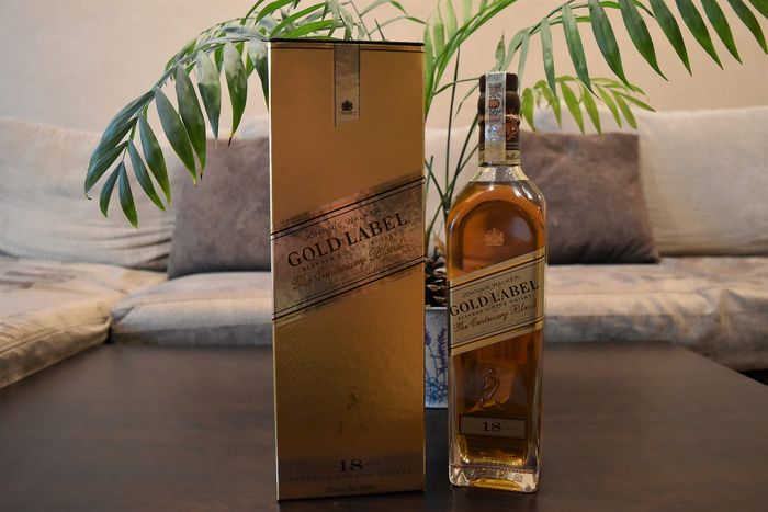 Johnnie Walker 18 years old Gold Label - The Centenary Blend - 70cl