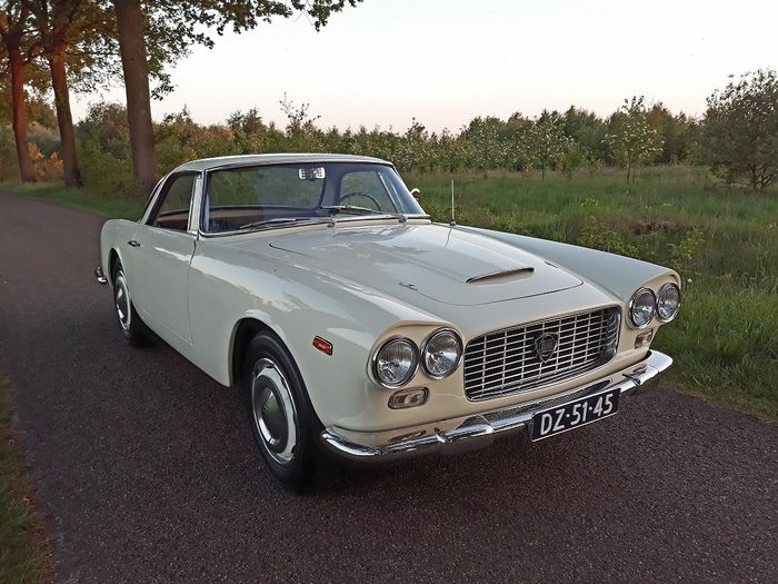 Lancia - Flaminia GT Touring Superlegerra - 1961