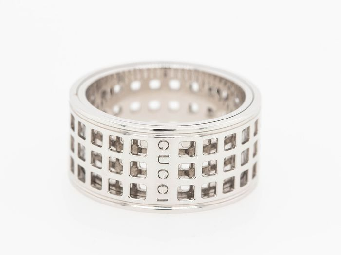 Gucci 18K White Gold Spinning Cutout - 18 kt. White gold - Ring
