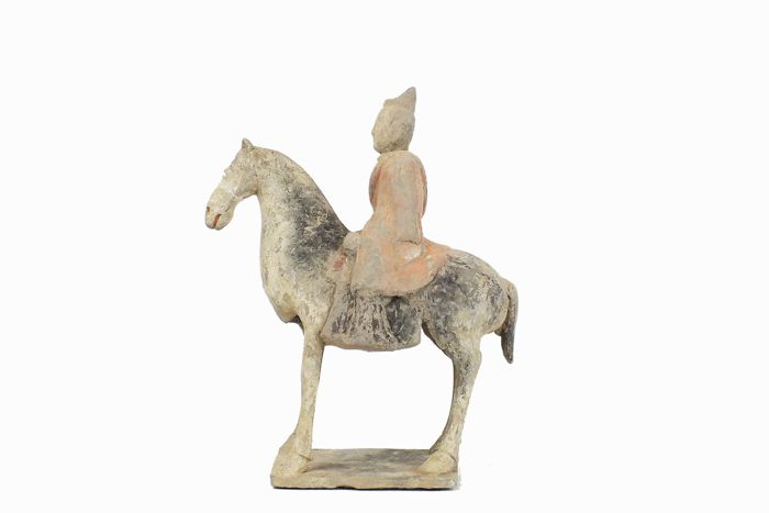Mingqi - Terracotta - A Painted Gray Pottery Figure of an Equestrian Figure, X-ray CT scan test, TL test, H 35 cm. - China - Northern Wei Dynasty (386-534)
