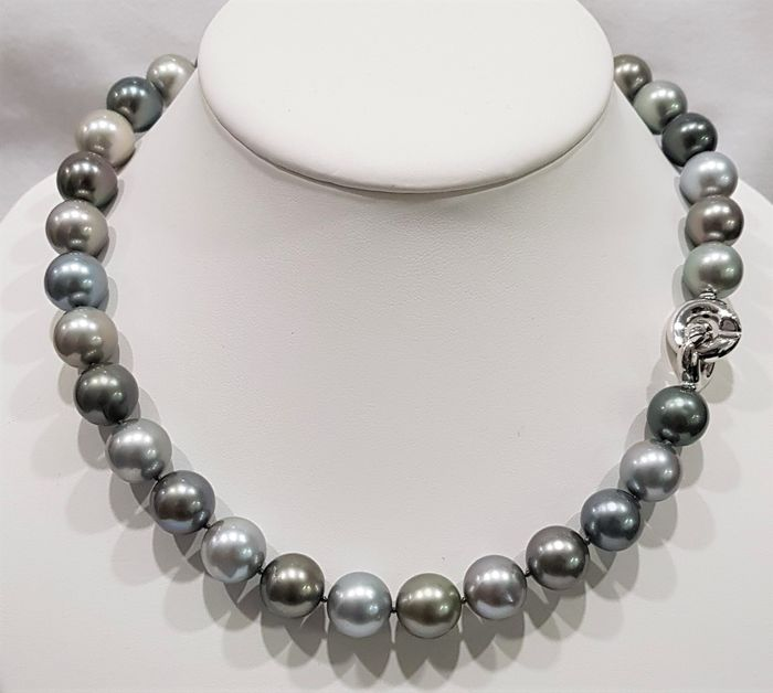 NO RESERVE PRICE - 14 kt. White Gold - 12.2x13.2mm Round Tahitian Pearls - Necklace