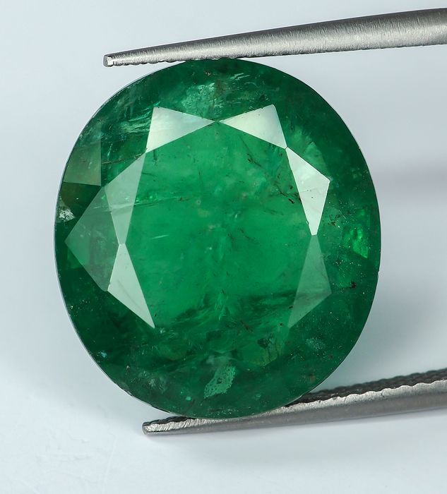 No Reserve - Green Emerald  - 17.87 ct